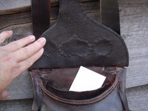 #117 Possible Bag Hunting Pouch Red Hears inside view